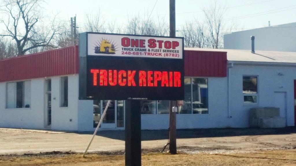 Now Hiring – Truck Mechanic – Diesel Mechanic – Heavy Truck Repair Mechanic